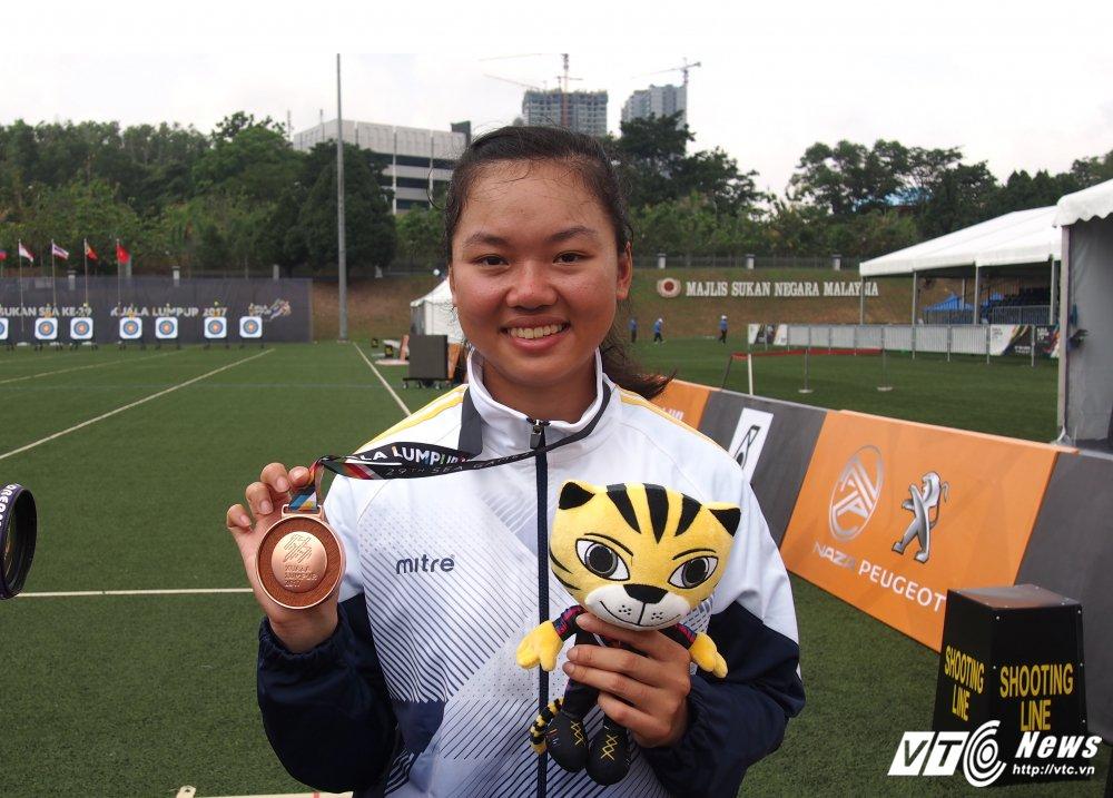 Chau Kieu Oanh: Co gai be nho tung khong keo duoc cung vua pha ky luc SEA Games hinh anh 2