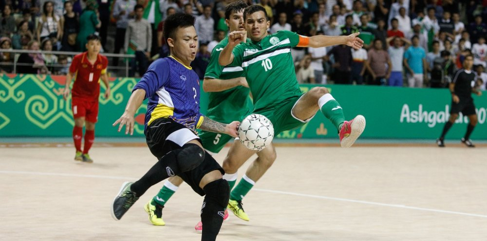 AIMAG 5: Thua a quan chau A, tuyen Futsal Viet Nam dung buoc o tu ket hinh anh 1