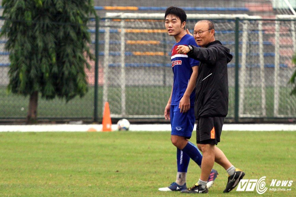 Xuan Truong thua nhan chua gioi tieng Han, kho giao tiep voi HLV Park Hang Seo hinh anh 1