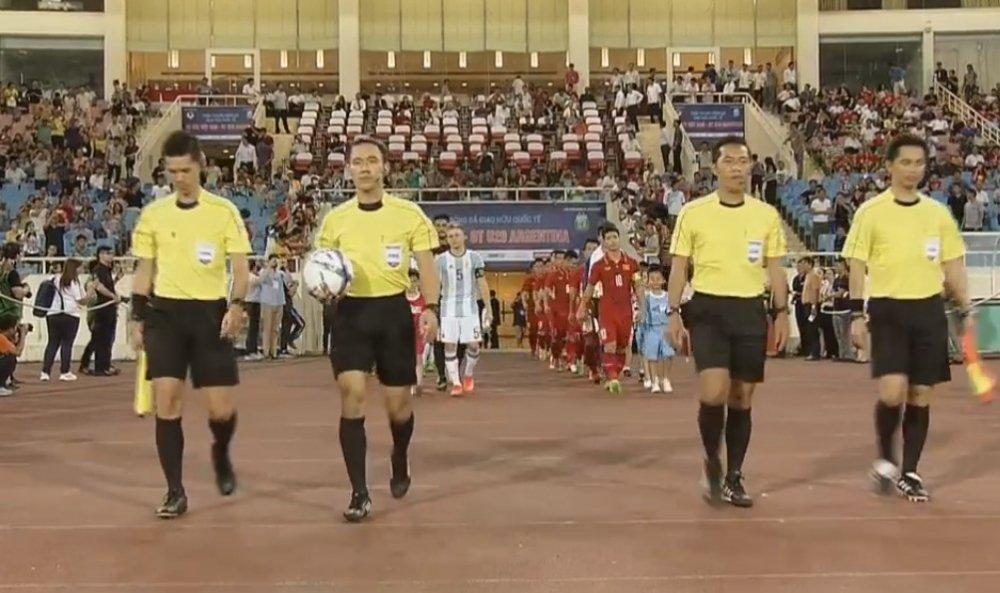 Trong tai Thai Lan cam coi tran 'chung ket' V-League 2017 hinh anh 1