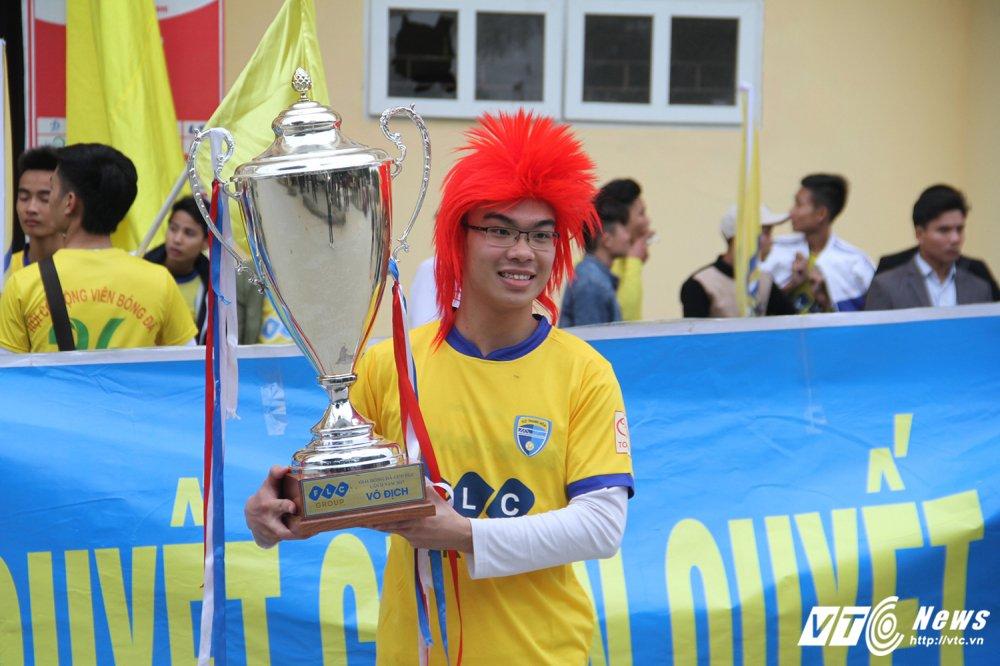 Video truc tiep Than Quang Ninh vs Ha Noi vong cuoi V-League 2017 hinh anh 14