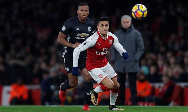 HLV Wenger: Arsenal choi tuyet voi, nhung De Gea qua xuat sac hinh anh 1