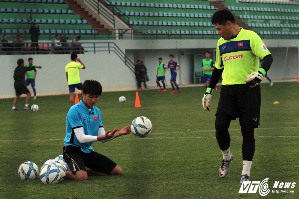 U23 Viet Nam co tro ly HLV thu mon dac biet hinh anh 4