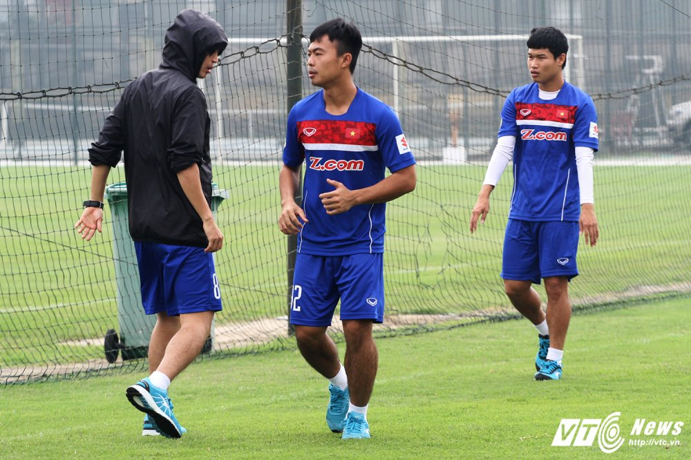 U23 Viet Nam chot doi hinh: Tuan Anh bi loai, Minh Vuong rach co dui hinh anh 1