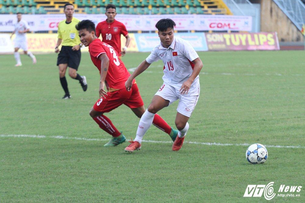 U19 Viet Nam suyt thua Myanmar: Khong the doi hoi hon hinh anh 1