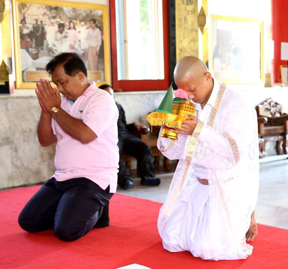 'Messi Thai' nghi da bong, cao dau len chua bao hieu hinh anh 3