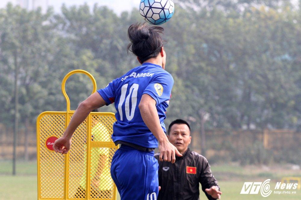 Het Giang Sinh, U23 Viet Nam lai bo hoi tai tap the luc hinh anh 5