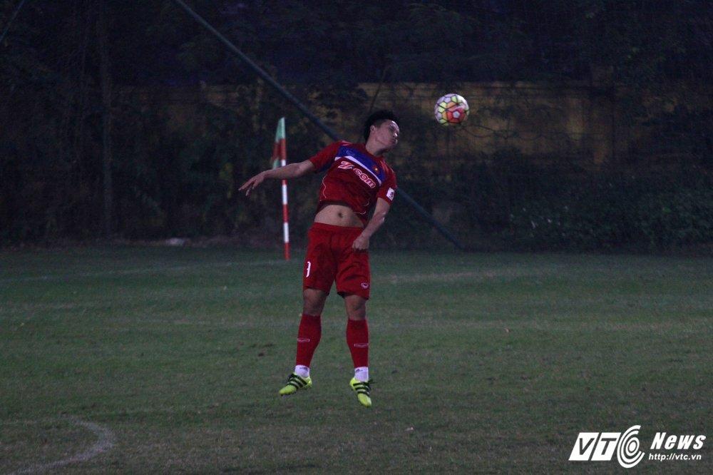 Hau ve lien tuc danh dau truot, HLV Park Hang Seo chong cam suy tu hinh anh 2