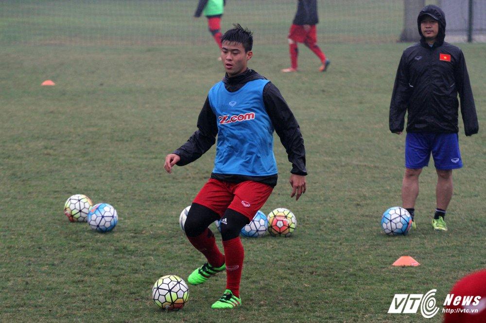 HLV Park Hang Seo treo thuong nuoc ngot, U23 Viet Nam cang minh dam mua dau tap hinh anh 2