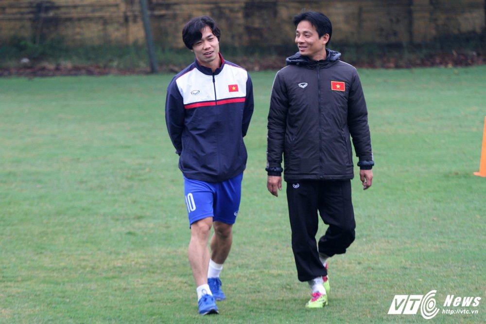 Cong Phuong tap rieng, U23 Viet Nam 'be quan' ren vu khi bi mat hinh anh 3