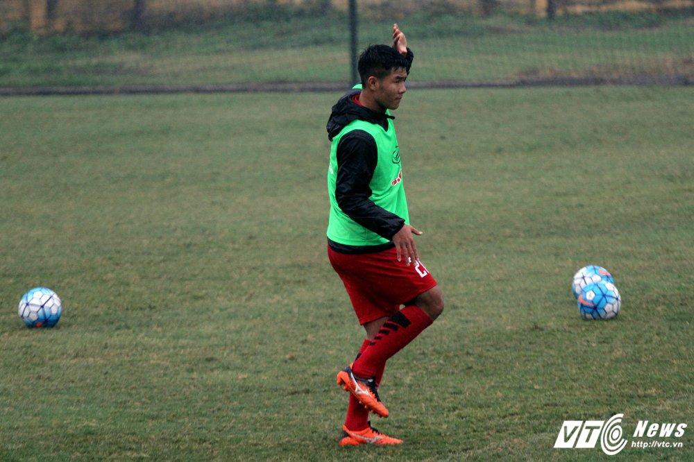 HLV Park Hang Seo treo thuong nuoc ngot, U23 Viet Nam cang minh dam mua dau tap hinh anh 13