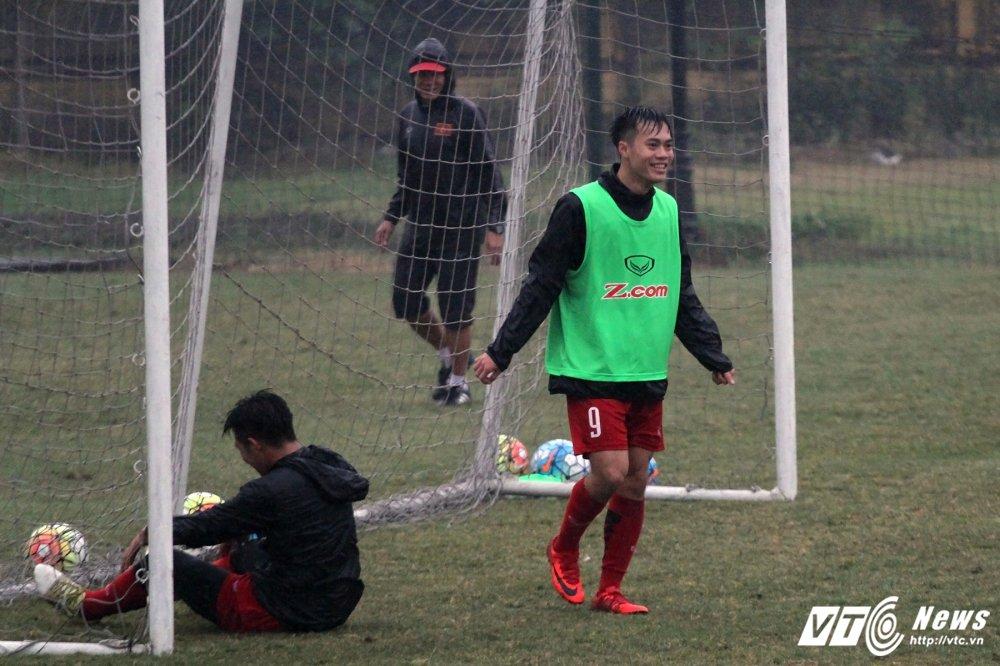 HLV Park Hang Seo treo thuong nuoc ngot, U23 Viet Nam cang minh dam mua dau tap hinh anh 11