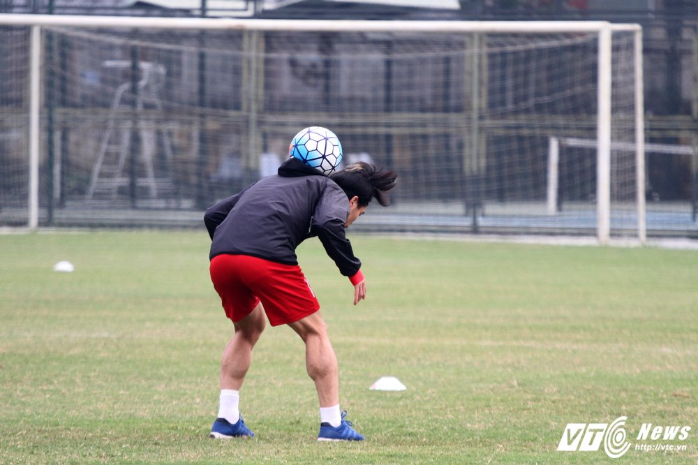 Cong Phuong hoi phuc nhanh, den luot HLV Park Hang Seo chan thuong hinh anh 2