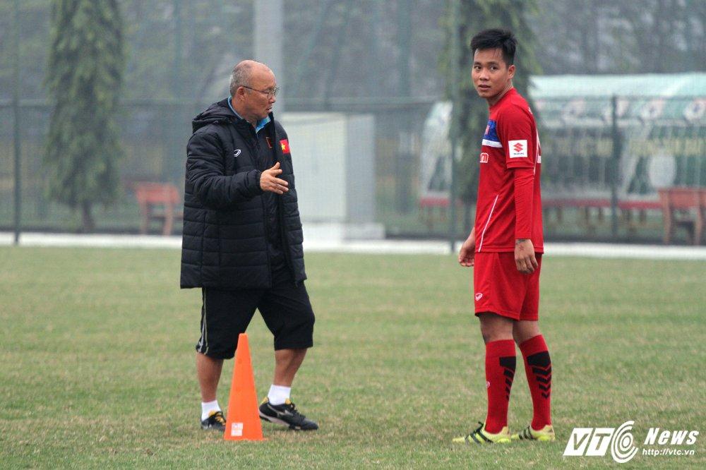 HLV Park Hang Seo va nhiem vu bat kha thi voi U23 Viet Nam hinh anh 1