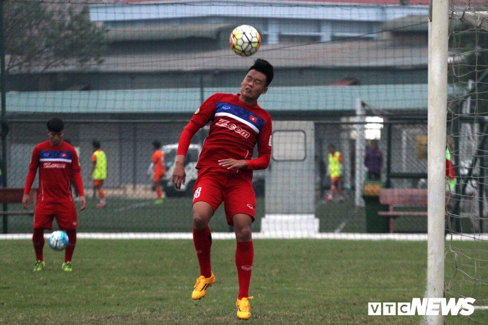U23 Viet Nam: Ai chac suat ngoai Cong Phuong, Xuan Truong? hinh anh 2