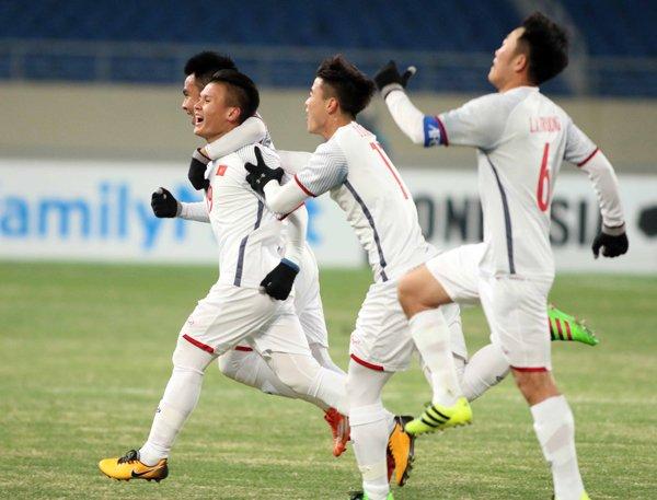 BLV Quang Huy: Vuot len chinh minh, dieu tot dep se den voi U23 Viet Nam hinh anh 2