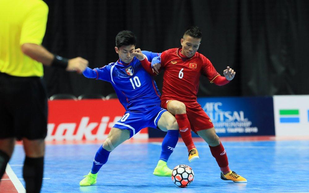 HLV tuyen Futsal Viet Nam: 'Hay ra san va hi sinh vi To quoc' hinh anh 1