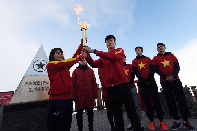 U23 Viet Nam: Vo oa cung giac mo doi doi bong da Viet hinh anh 3