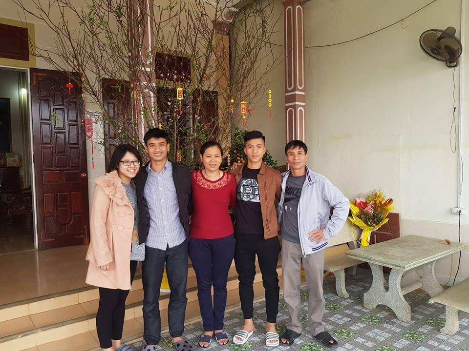 Tien ve Phan Van Duc va cai Tet vui chua tung co hinh anh 2