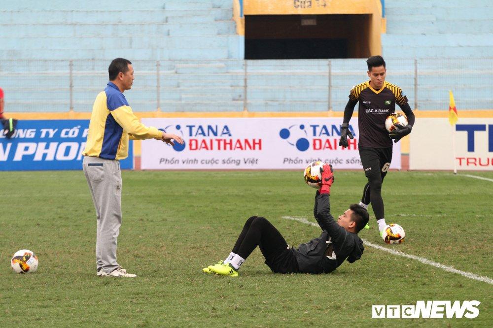 Xuc dong hinh anh cau thu U23 Viet Nam gap go CDV dac biet nhat Nghe An hinh anh 9
