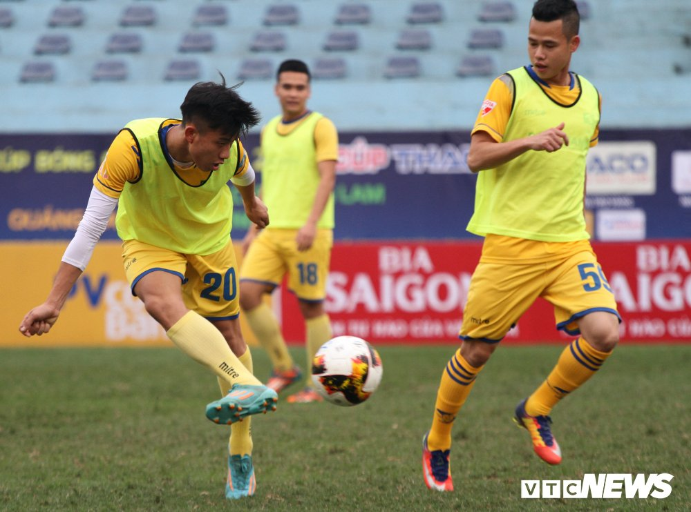 Xuc dong hinh anh cau thu U23 Viet Nam gap go CDV dac biet nhat Nghe An hinh anh 8