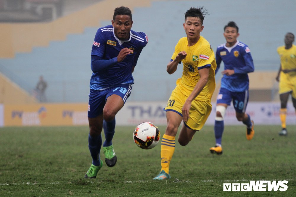 Xem truc tiep Quang Nam vs SLNA tranh Sieu Cup Quoc gia 2018 hinh anh 2