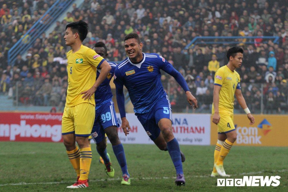 Xem truc tiep Quang Nam vs SLNA tranh Sieu Cup Quoc gia 2018 hinh anh 1