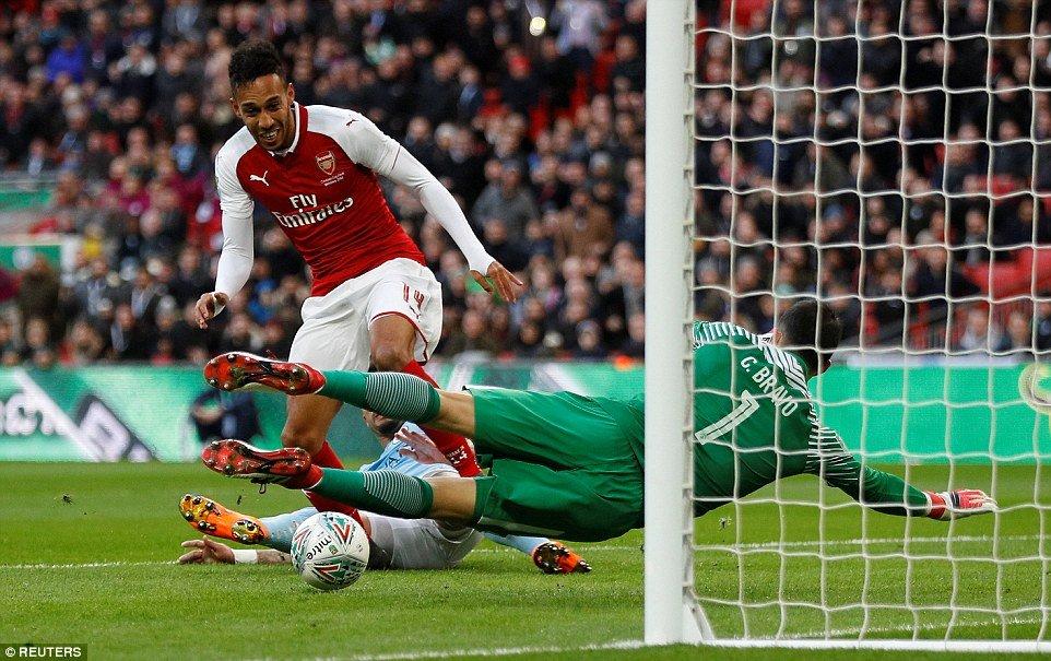 Nhan dinh Arsenal vs Man City vong 28 Ngoai Hang Anh hinh anh 1