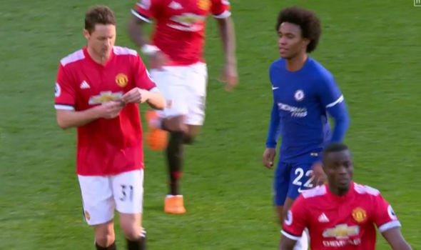 Dan mang dua nhau che mat thu Mourinho gui Matic hinh anh 2