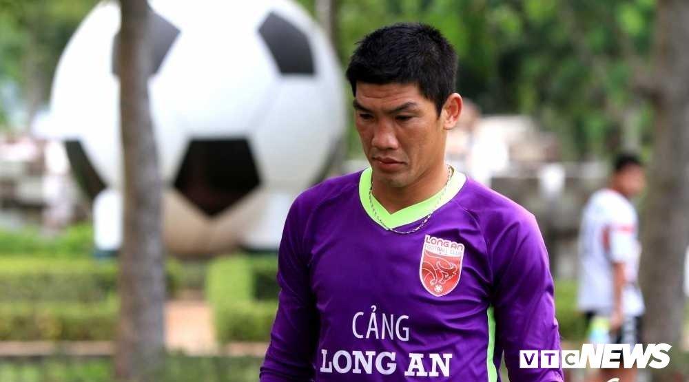 Thu mon tai tieng nhat Viet Nam duoc giam an, co the thi dau V-League 2018 hinh anh 1