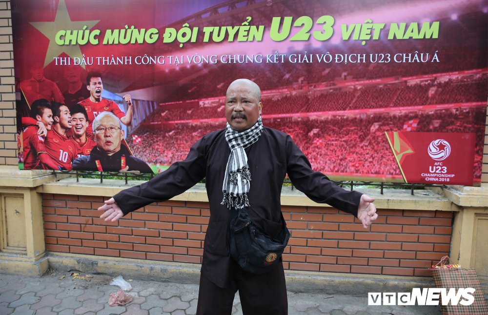 Cuu coi vang beu rieu Pho Chu tich VFF: Lai 'bom ban' truoc Dai hoi VFF hinh anh 2