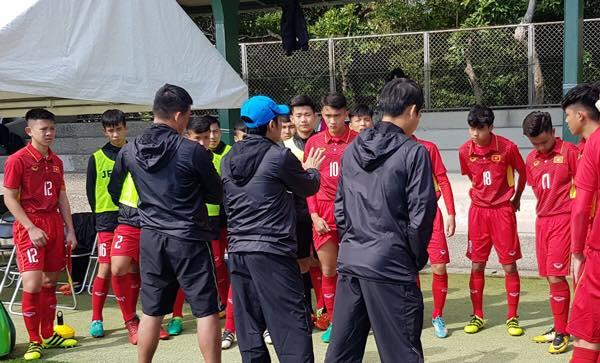 U16 Viet Nam quyet dau U16 Thai Lan tranh suat da chung ket hinh anh 1