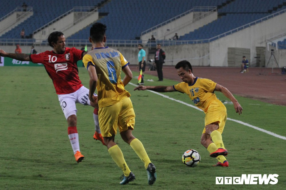 Video truc tiep FLC Thanh Hoa vs TP.HCM vong 2 V-League 2018 hinh anh 9
