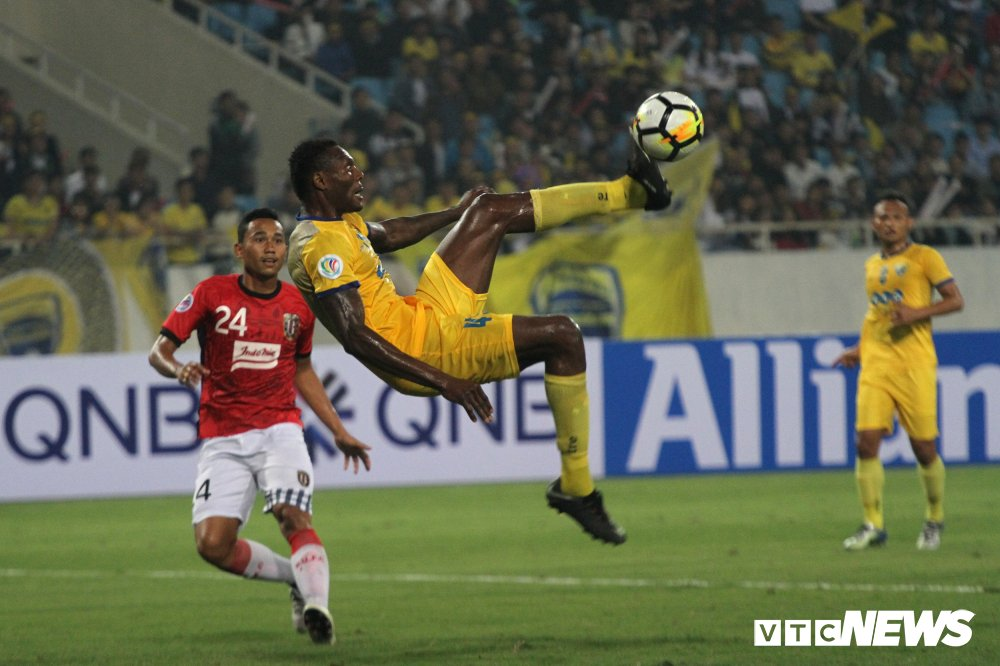 Bui Tien Dung giu sach luoi, FLC Thanh Hoa tuyen bo khong bo AFC Cup hinh anh 1
