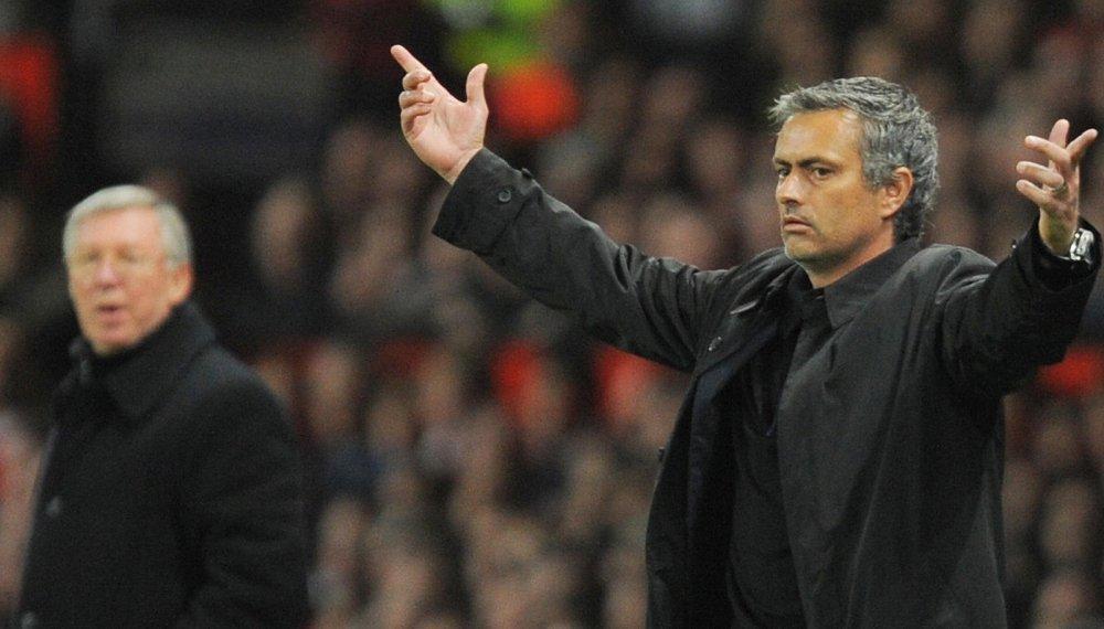 Mourinho va bong ma trong nha hat hinh anh 3