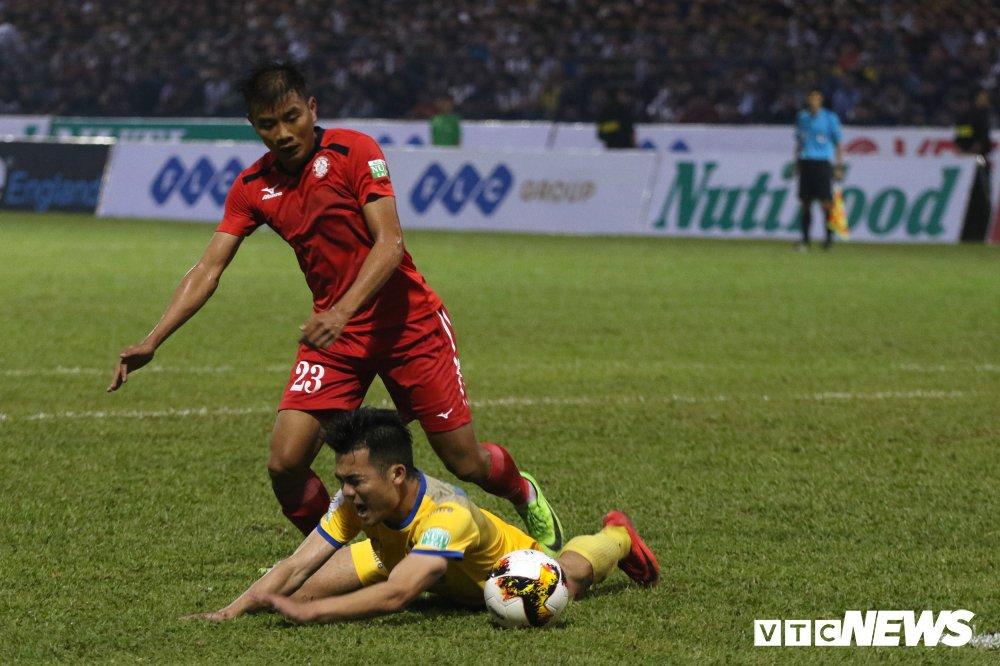 Video truc tiep FLC Thanh Hoa vs TP.HCM vong 2 V-League 2018 hinh anh 3