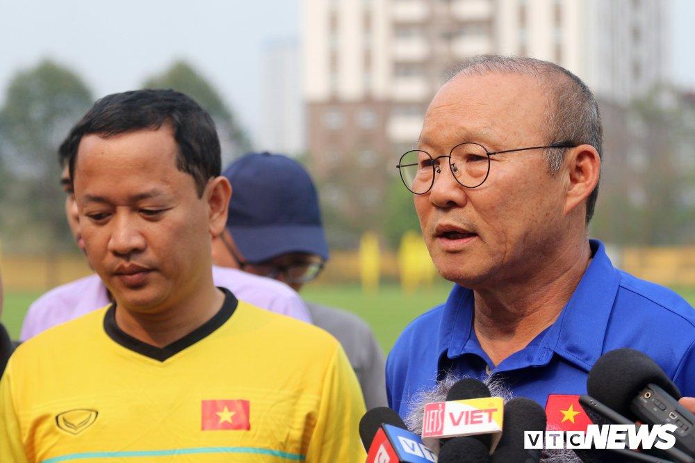 Jordan vs Viet Nam: 4 van de cho HLV Park Hang Seo giai quyet hinh anh 1