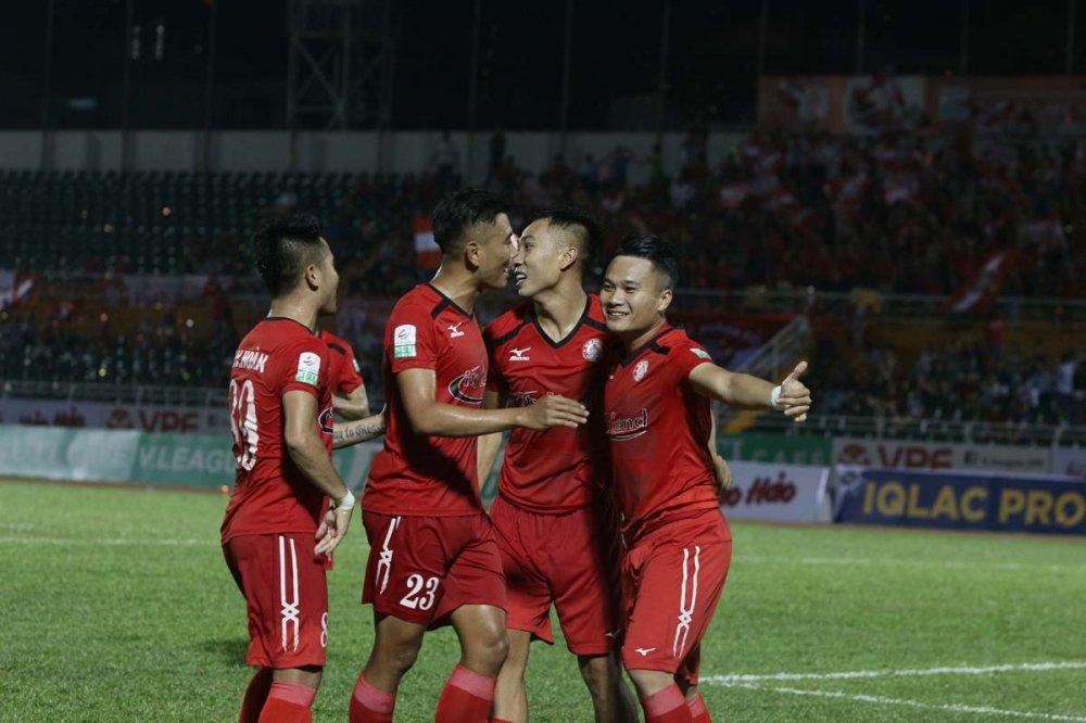 Duoc Cong Vinh, Miura tin tuong, 'Ronaldo xu Nghe' mo tro lai tuyen Viet Nam hinh anh 1
