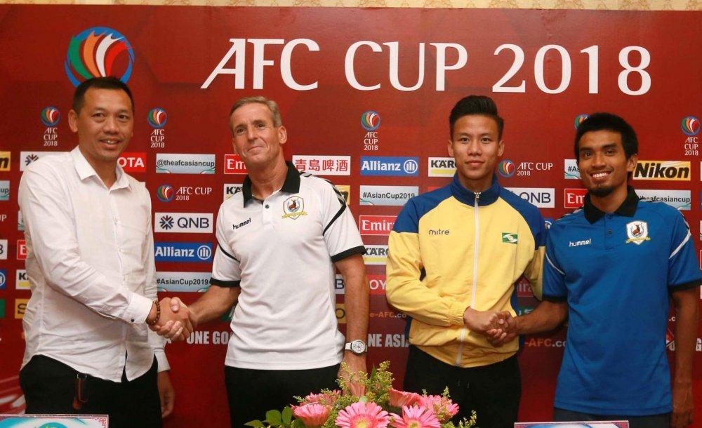 HLV SLNA: 'V-League va AFC Cup la 2 muc tieu lon nhat' hinh anh 1