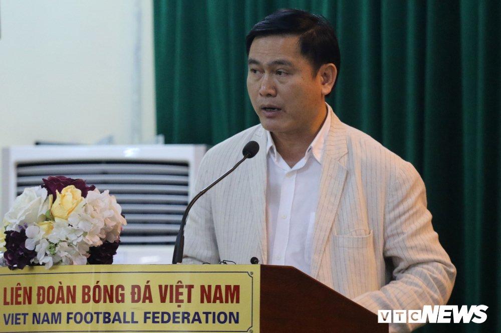 Chu tich VPF: Bau Duc bo V-League khong phai loi cua toi hinh anh 1