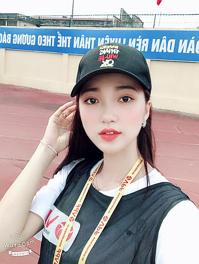 Ngam nguoi dep top 10 Hoa hau hoan vu nghi dang hen ho sao U23 Viet Nam hinh anh 5