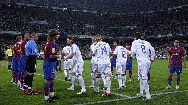 Barca vs Real: Ghet nhau den ca hang rao danh du hinh anh 1