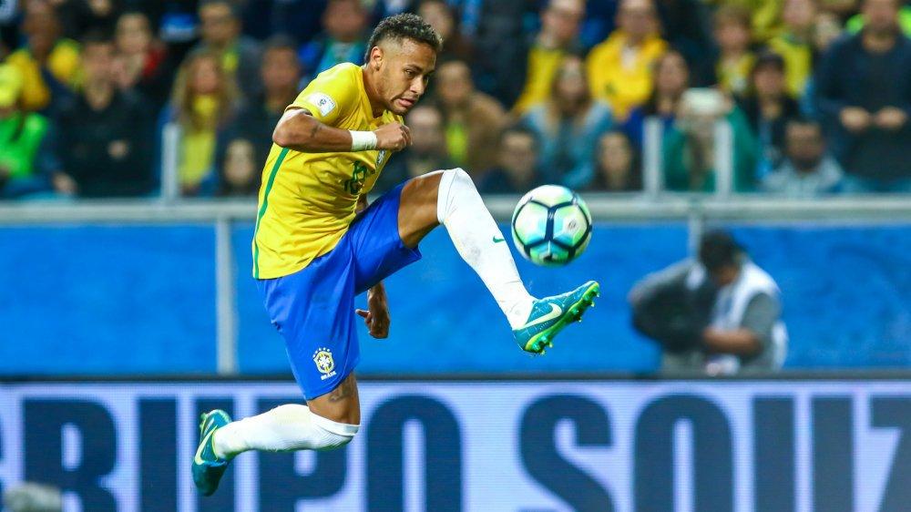 Danh sach, so ao doi tuyen Brazil tham du World Cup 2018: Neymar kip binh phuc hinh anh 1