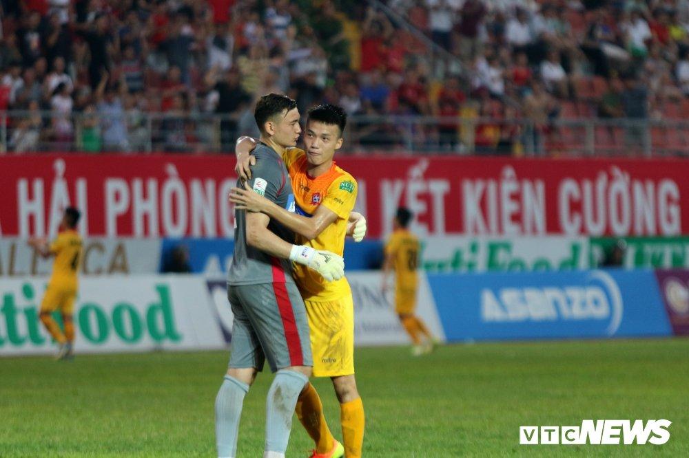 HLV Park Hang Seo du khan, Lam 'Tay' lam lu mo Bui Tien Dung hinh anh 7