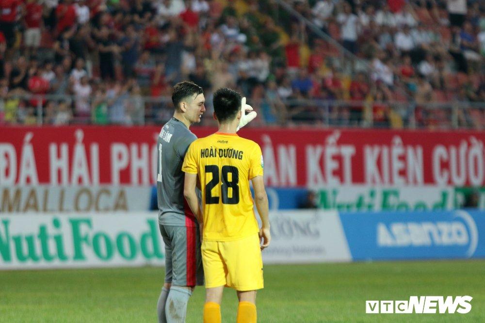 HLV Park Hang Seo du khan, Lam 'Tay' lam lu mo Bui Tien Dung hinh anh 8
