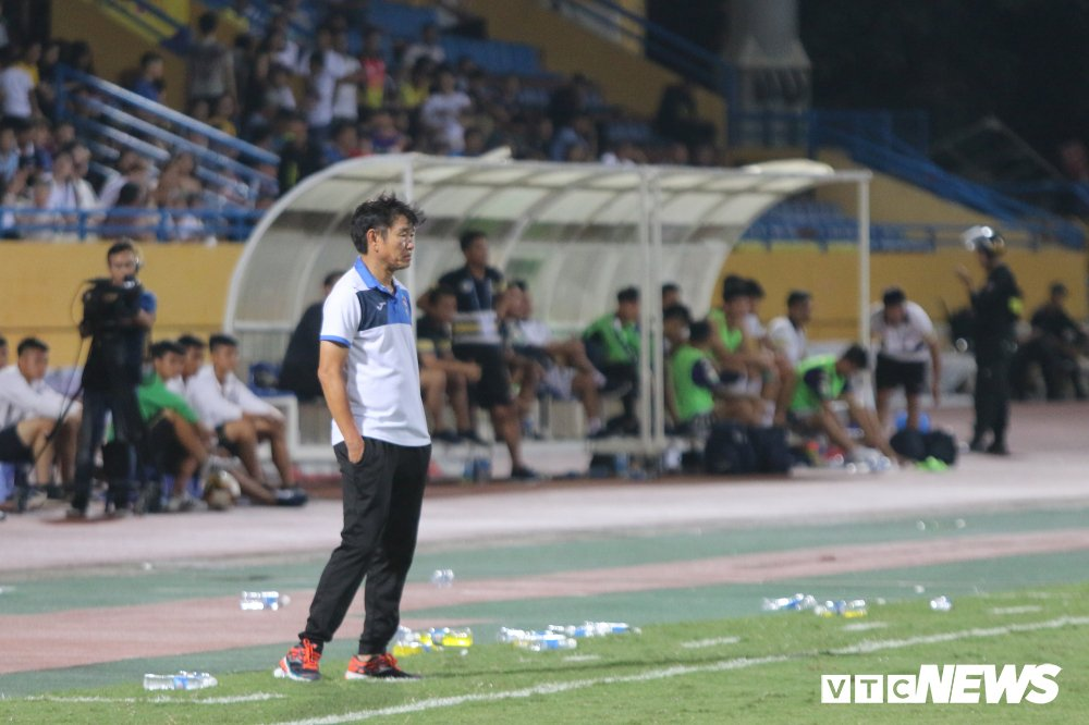 Sinh nhat 12 tuoi, CLB Ha Noi ngao nghe tren dinh V-League hinh anh 11