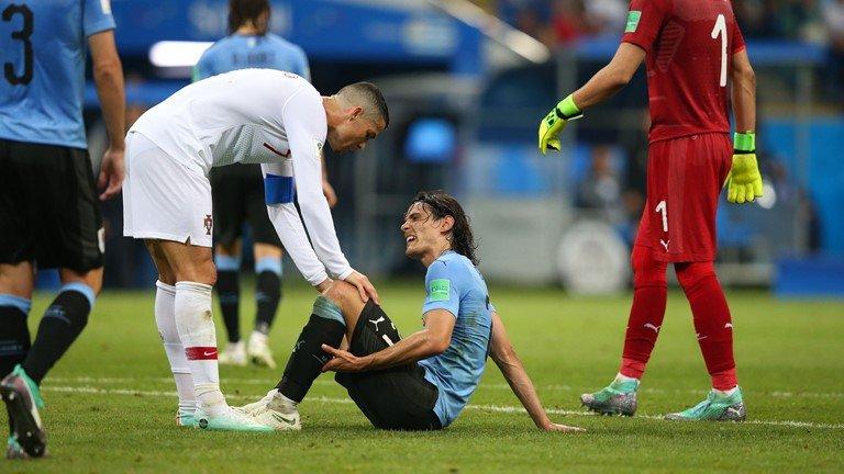 Bi loai khoi World Cup, Ronaldo duoc ca ngoi het loi voi hanh dong cao thuong hinh anh 2