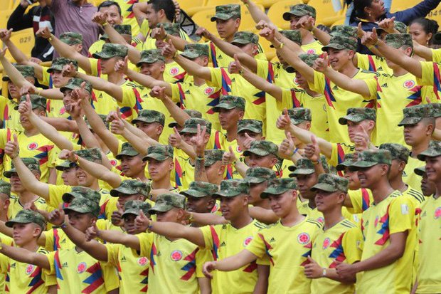 Sau nhung loi de doa 'chet choc', dan sao Colombia nhan dieu khong tuong khi hoi huong hinh anh 5