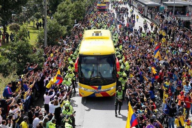 Sau nhung loi de doa 'chet choc', dan sao Colombia nhan dieu khong tuong khi hoi huong hinh anh 1