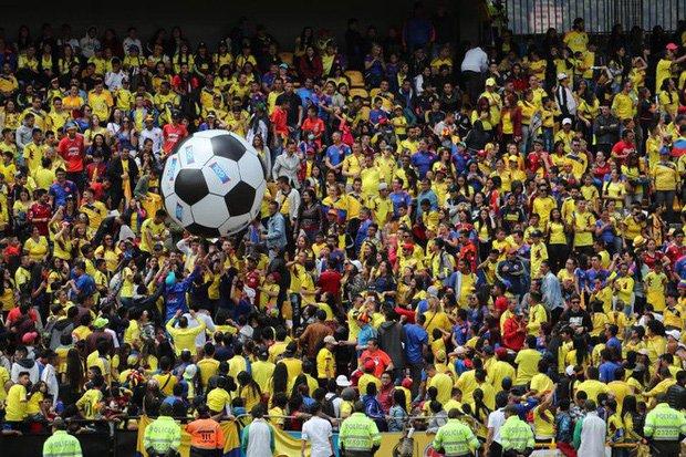 Sau nhung loi de doa 'chet choc', dan sao Colombia nhan dieu khong tuong khi hoi huong hinh anh 3